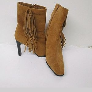 Women's Size 9M Predictions Leather Ankle Boots